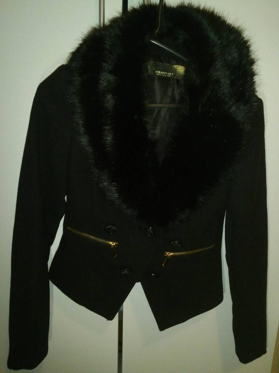 Vestes---Manteaux-Veste-manteau-de-Stradivarius-taille-M-mais-comme-